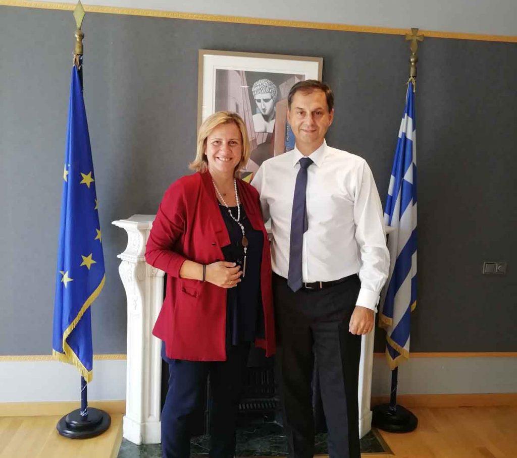 Συνάντηση με τον υπουργό Τουρισμού